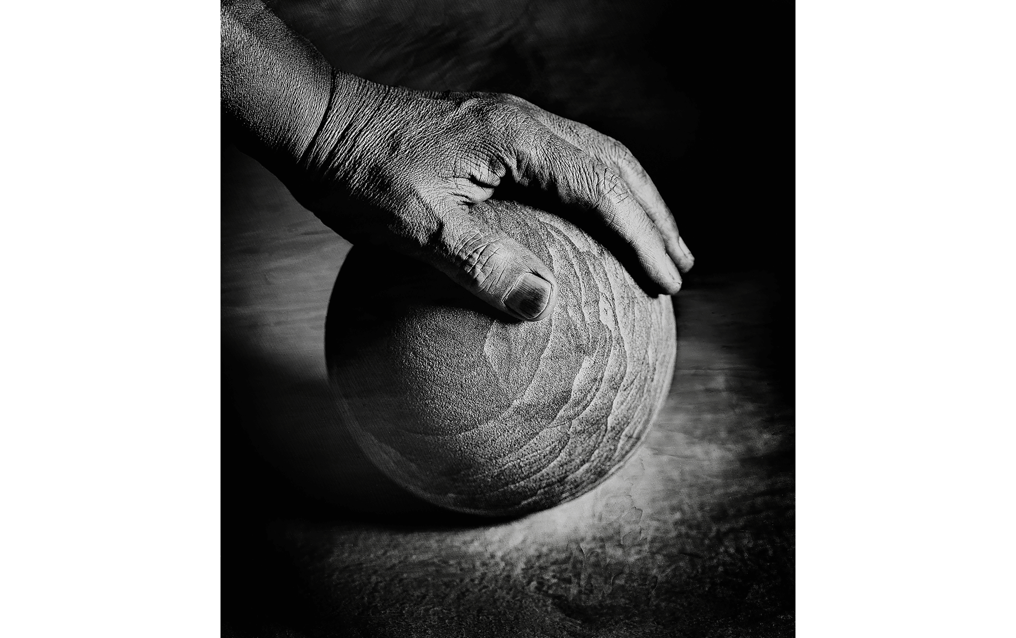 """Self portrait my hand"", 2002 © Shin Sugino"