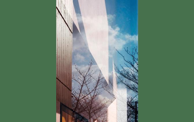 歌う建築を聴く- architecture singing