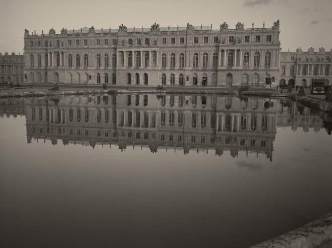太陽の宮殿 ヴェルサイユの光と影
