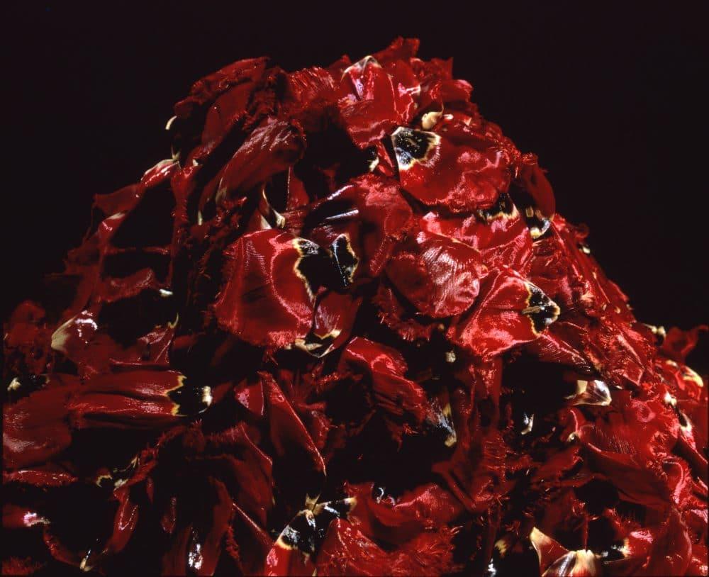 中川幸夫《魔の山》1989年(再制作2001年)© 中川幸夫