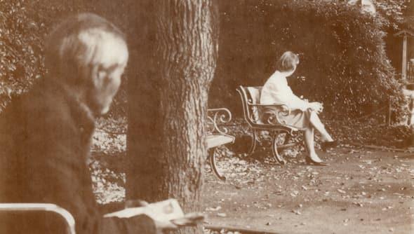 18908