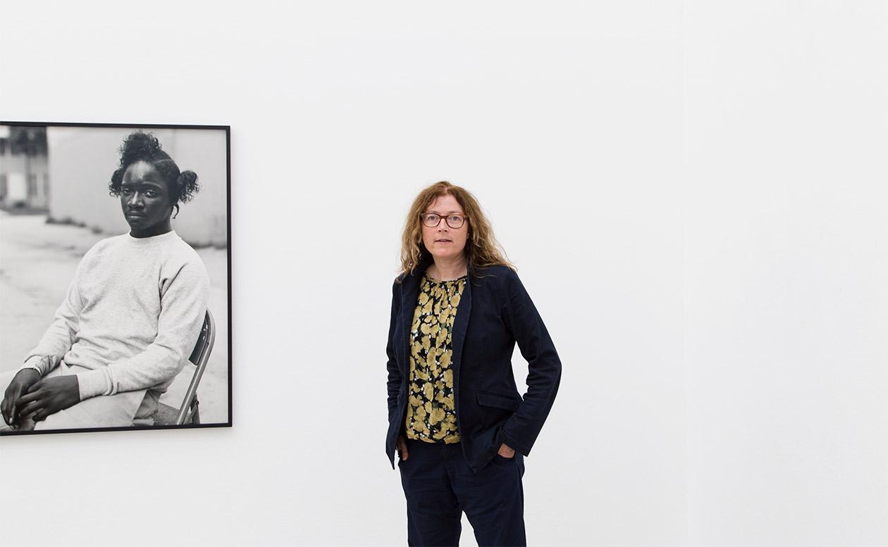 2017年のドイツ証券取引所写真財団賞を受賞、ダナ・リクセンベルクが23年通い続けたインペリアル・コーツ | ダナ・リクセンベルクインタヴュー