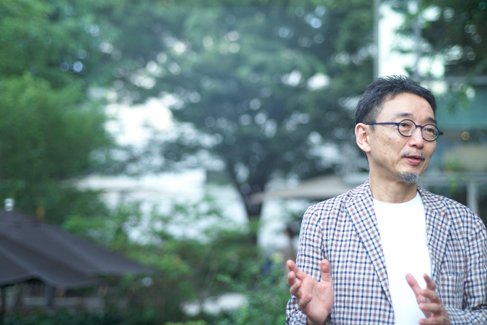 小崎哲哉インタヴュー「経験が鑑賞に活きてくるから、現代アートは面白い」 | 小崎哲哉
