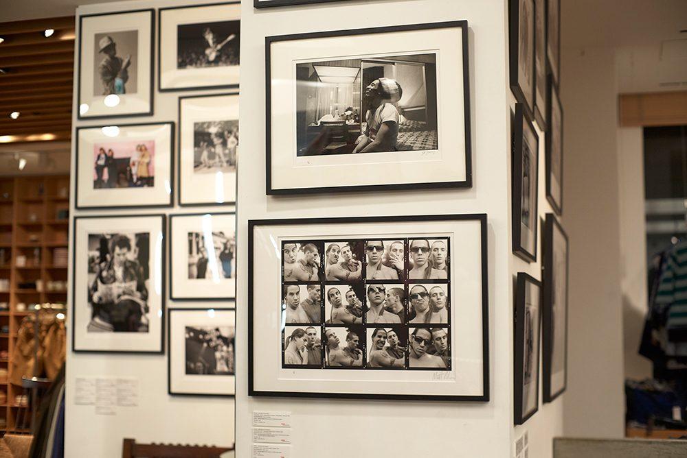 インターナショナルギャラリー ビームスに展示されている「ロックアーカイブ社」の作品。