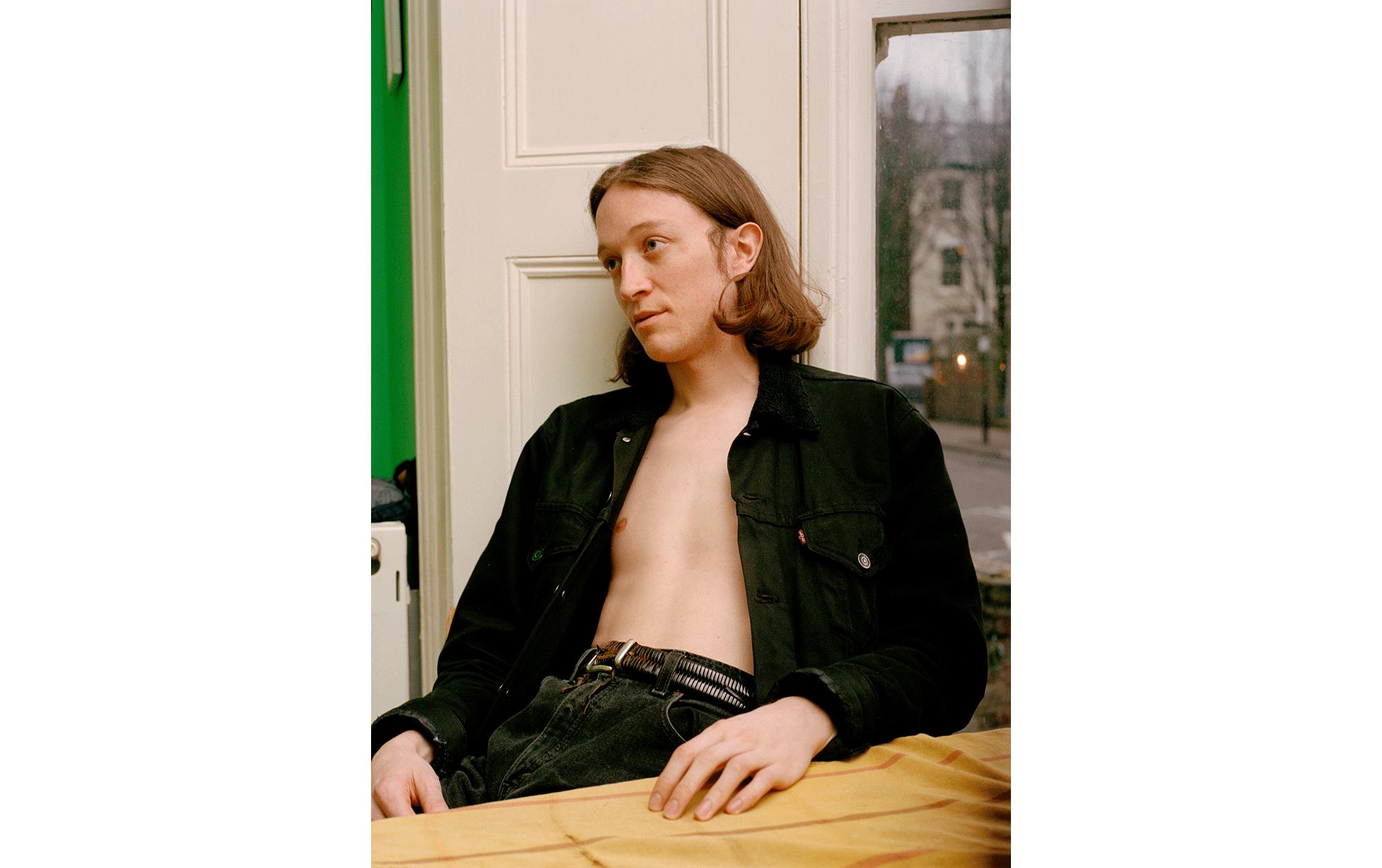 オンラインコミュニティー育ちのデザイナーが独自の手法で写真とファッションの懸け橋を目指す | Jamie Shaw