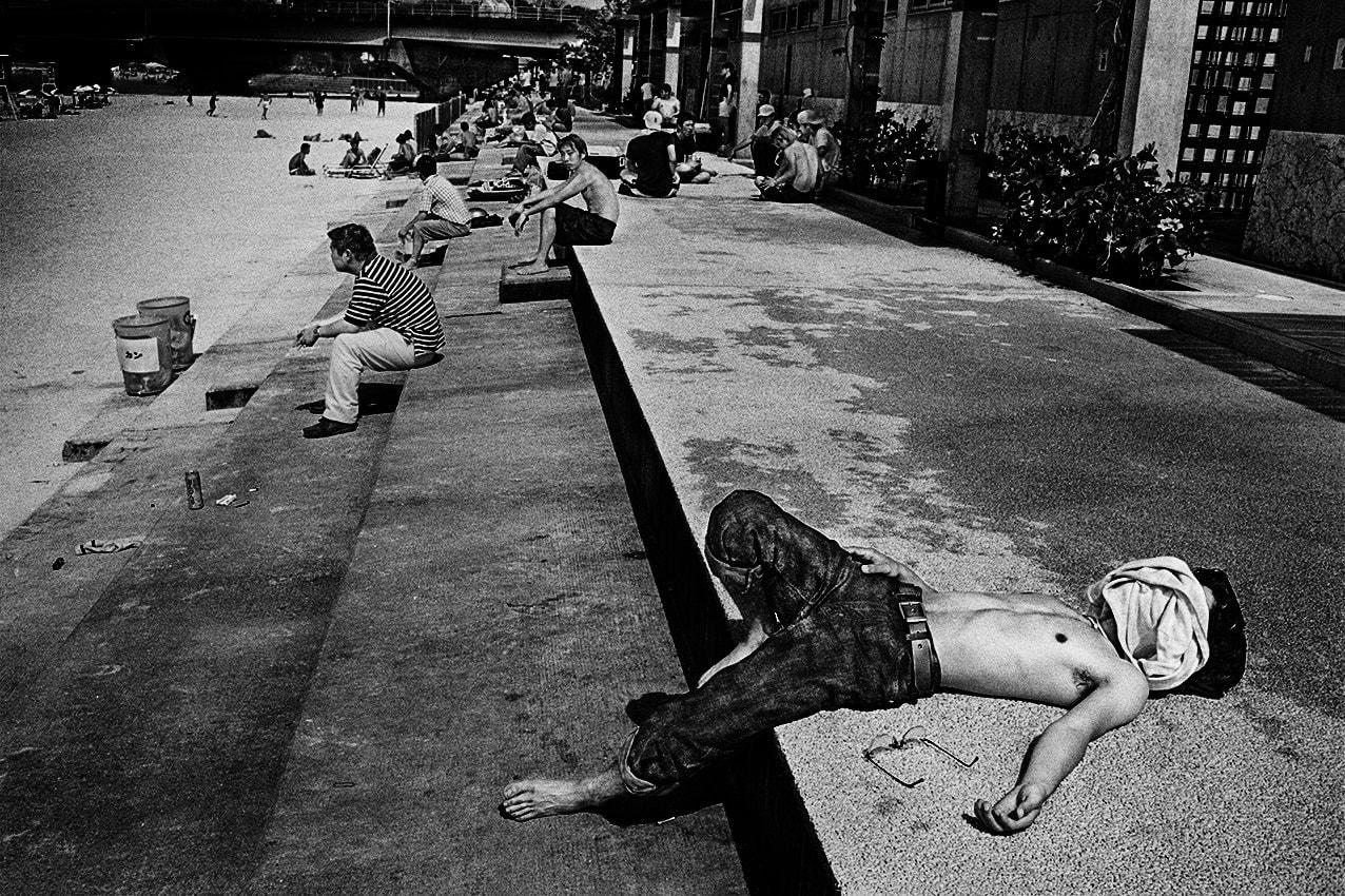 書店員がピックアップする1月のおすすめ写真集【Shelf編】 | アンデルス・ペーターセン『Okinawa』