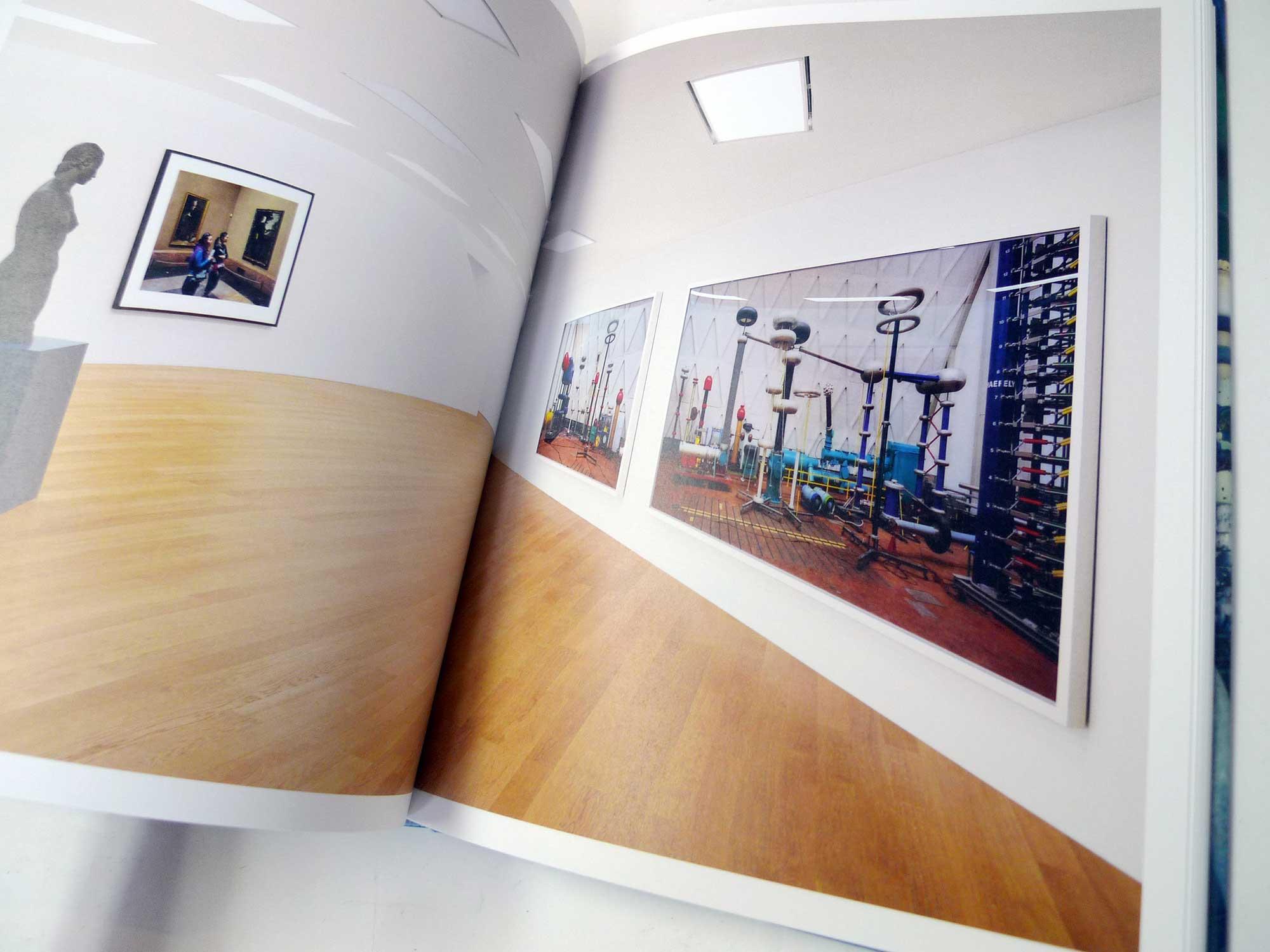書店員がピックアップする7月のおすすめ写真集【Shelf編】 | トーマス・シュトゥルート『Composition '19』