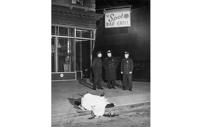 Weegee(Arthur Fellig)/International Center of Photography/Getty Images