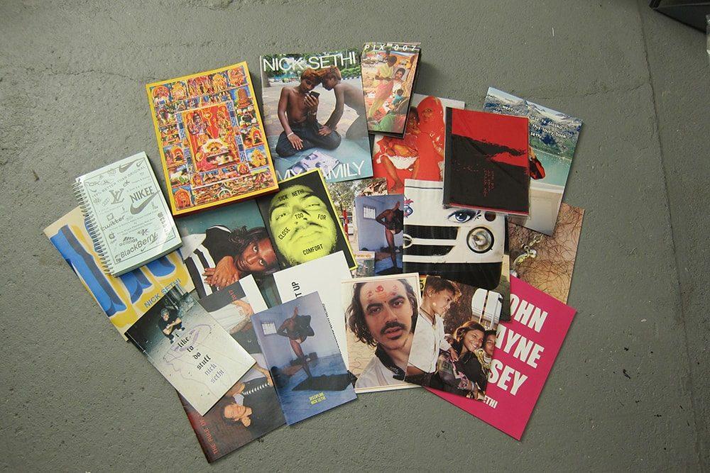 これまでに約40冊の写真集やZINEを制作している。そのほとんどが自費出版。