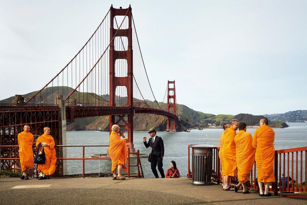 コロナ禍のいま見たいルイ・ヴィトンの写真集『シティーズ・オン・アース』『ファッション・アイ』で世界旅行。