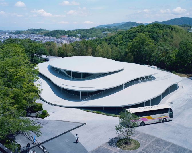 西沢立衛×石上純也×ホンマタカシ「ドキュメンタリー映画『建築と時間と妹島和世』をめぐって」