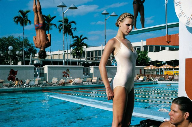 Arena, Miami, 1978 © Foto Helmut Newton, Helmut Newton Estate Courtesy Helmut Newton Foundation