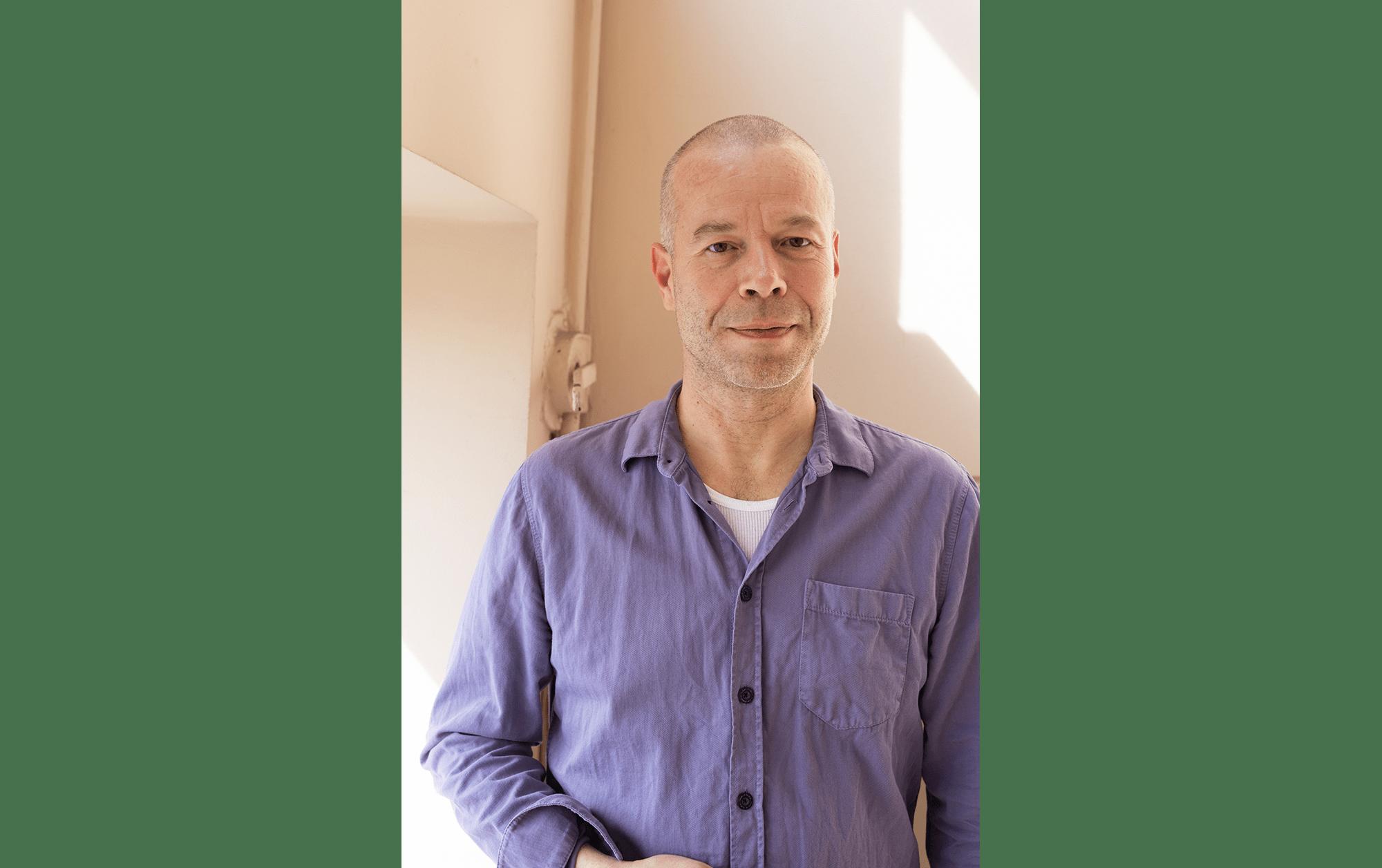 ヴォルフガング・ティルマンス インタヴュー「複雑な時代を照らすアーティスト、ティルマンスの現在地」   Wolfgang Tillmans, Photo by Dan Ipp, 2020