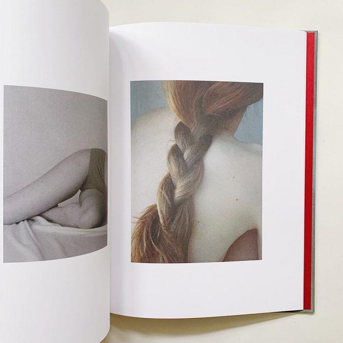 2021年に注目する若手写真家の写真集3冊【book obscura編】