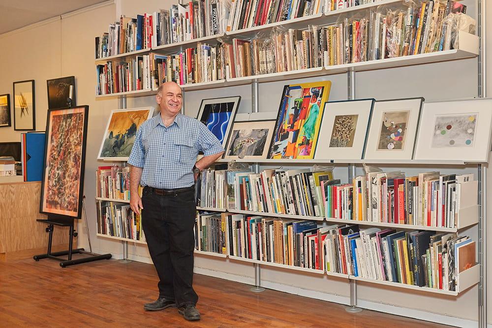 コレクターの視点 vol.5 デイヴィッド・ソロ「写真集を集め、研究する。溢れるほどのコレクションの先にあるものとは?」 | デイヴィッド・ソロ
