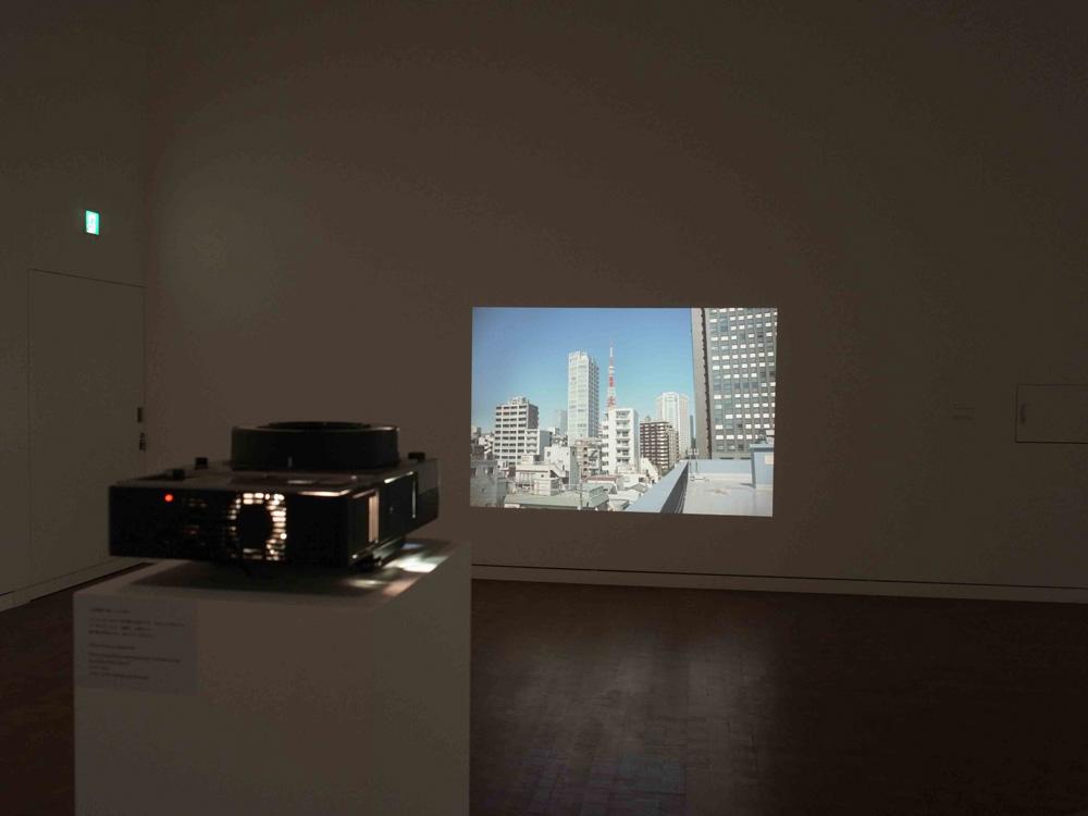 鷹野隆大「毎日写真1999-2021」展示風景 撮影:鷹野隆大