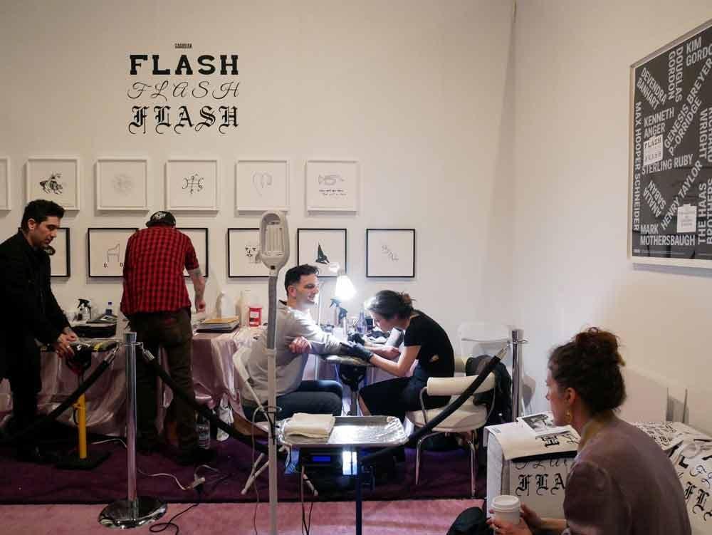 FLASH FLASH FLASH