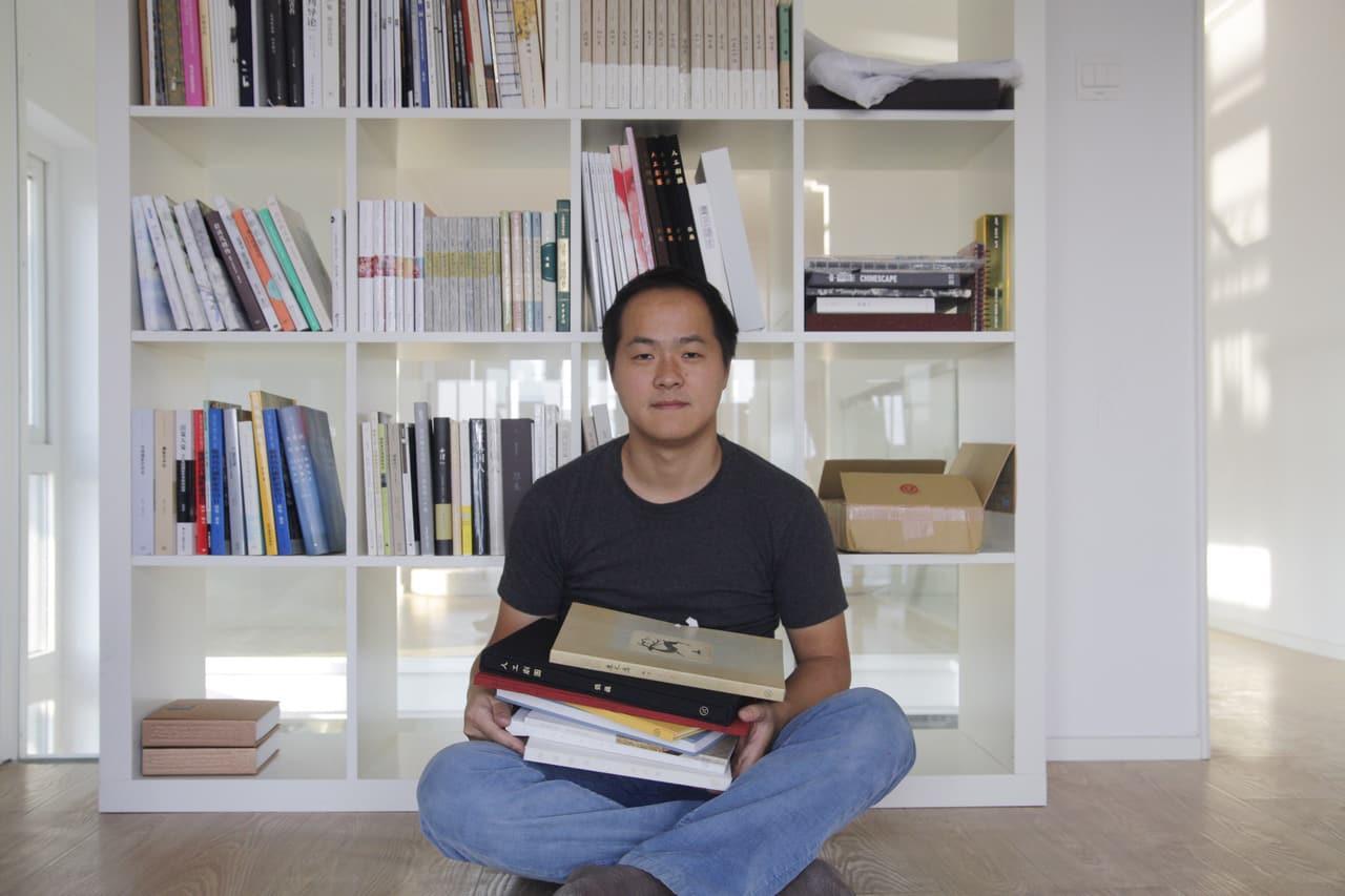Jizazhi Pressを主宰するヤンヨー。