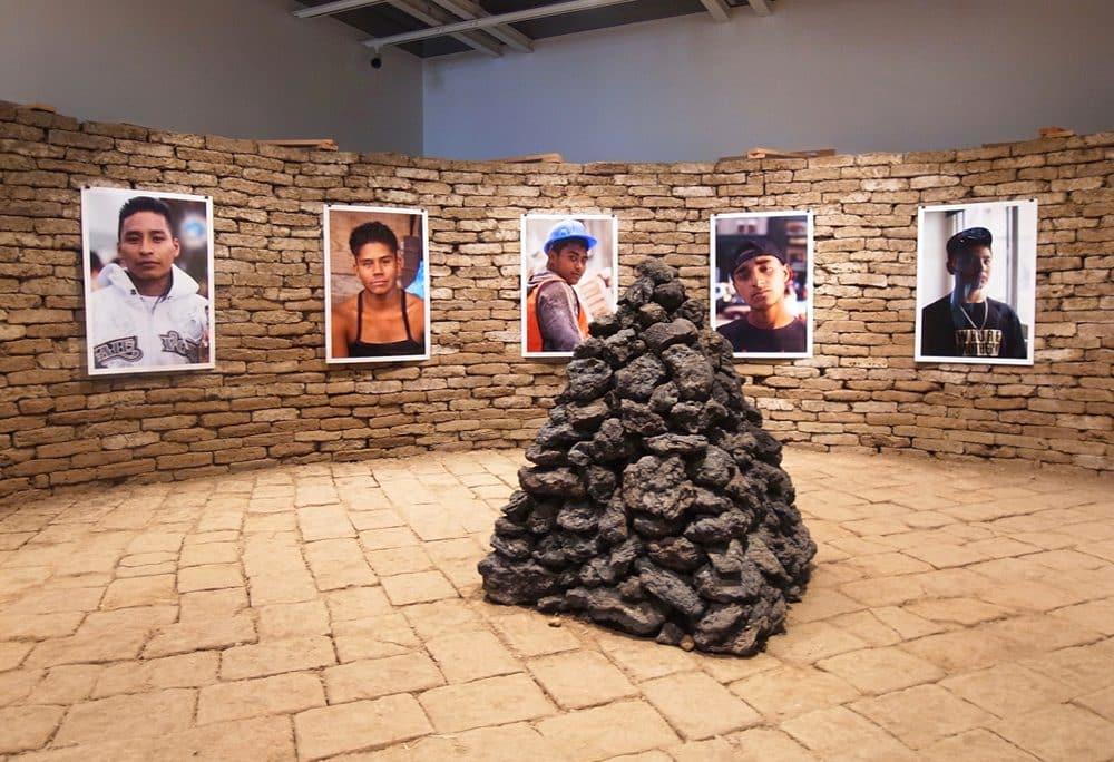 Dorian Ulises López Macasの展示風景
