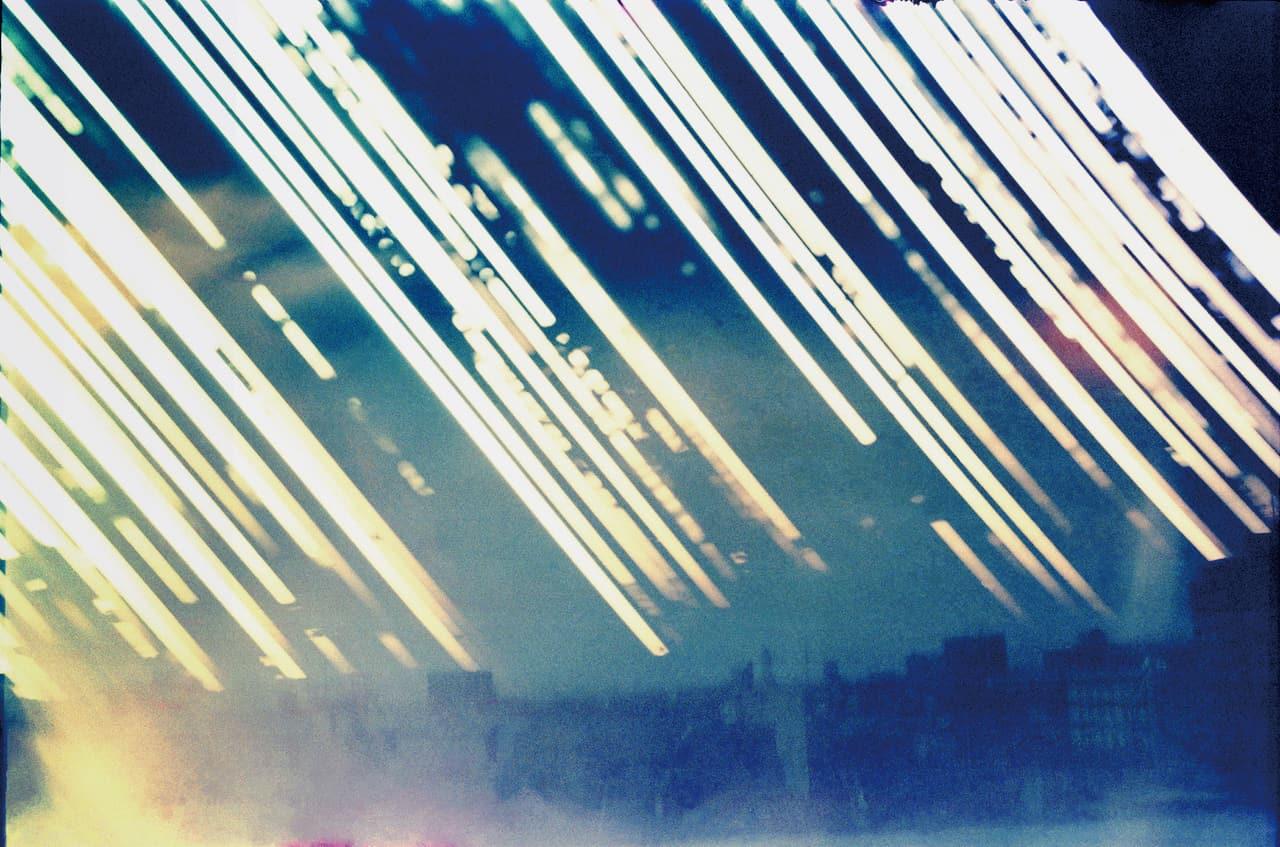 北野謙《「光を集めるプロジェクト」より:埼玉県立近代美術館屋上から(西)2015冬至-2016夏至》